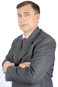 Julian Flores